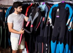 The Differences Between Wetsuits and Dry Suits